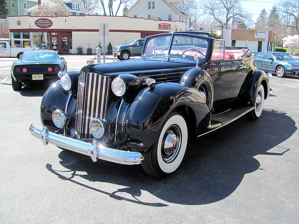 1939 Packard Victoria 12